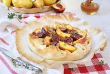 Recette de la tarte rustique aux figues et aux nectarines